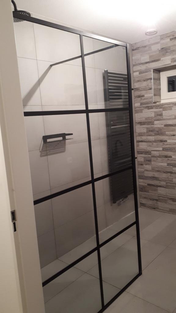 jjonkeronderhoudsbedrijf badkamer inloopdouche matzwart