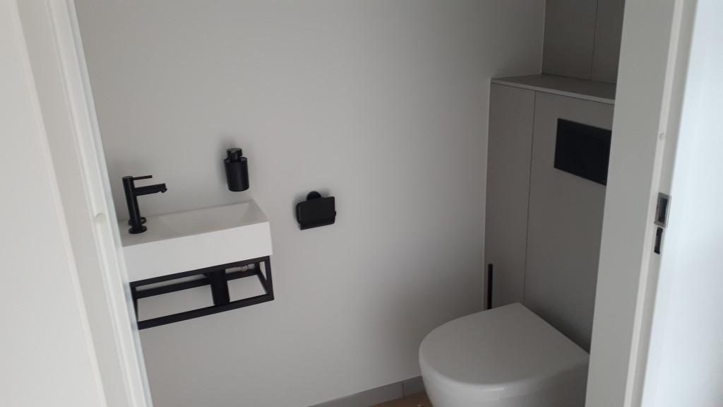 jjonkeronderhoudsbedrijf toilet